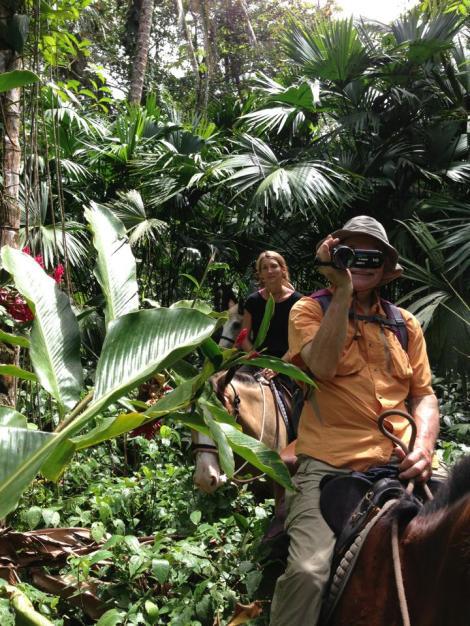 Nic & Amelie in the jungle trek