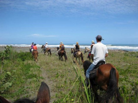 Rio Estrella trek with Kindred Spirits, Cahuita